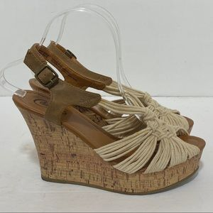 Candies Caffifio Off White Knotted Wedges Size 8.5